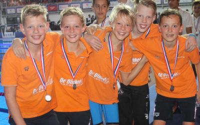 Dinkelminioren tweede tijdens de Nederlandse Estafette Kampioenschappen